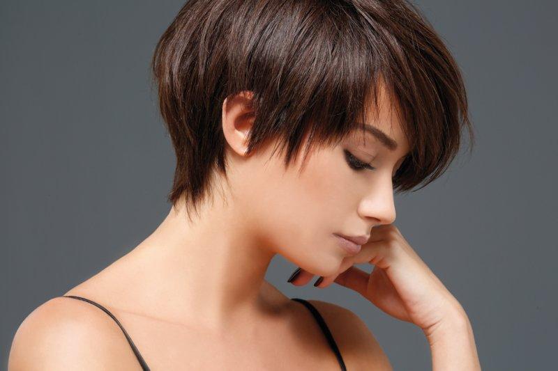 Potong Rambut Wanita Untuk Rambut Pendek Idea Foto
