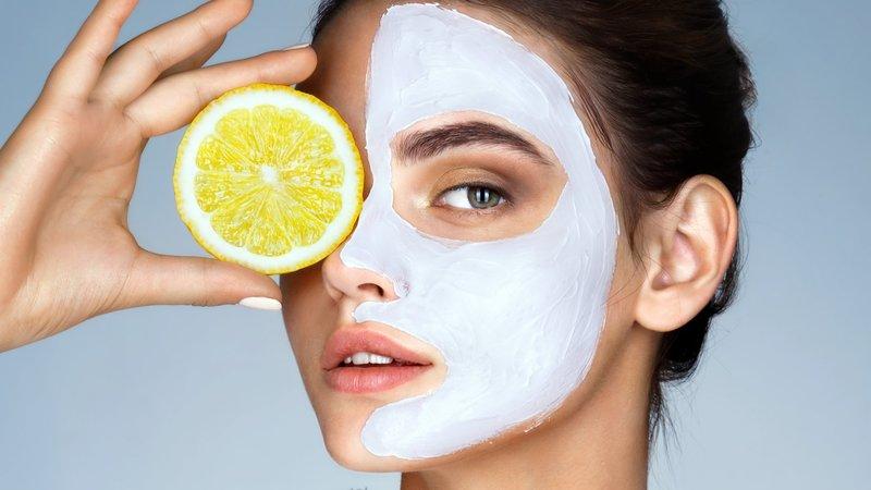 Voedende maskers voor de gecombineerde huid
