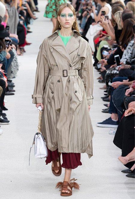 Geplooide jas van Valentino