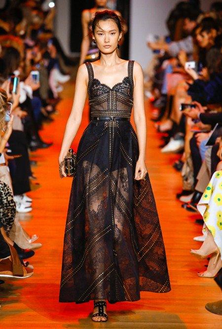 Zwarte kanten jurk van Elie Saab