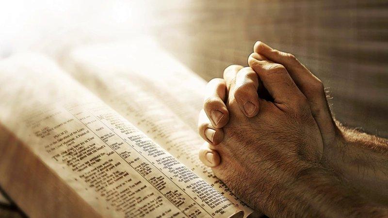 Wanneer bidden?