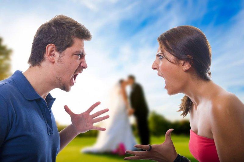 Hoe praat je een alcoholische echtgenoot om het gezin te verlaten?
