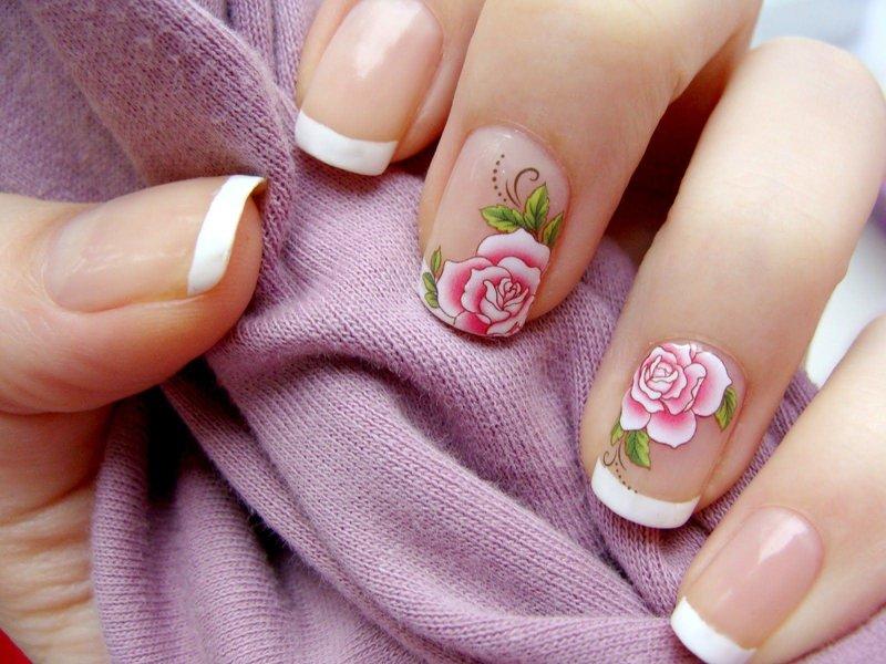 Français classique avec des roses coulissantes