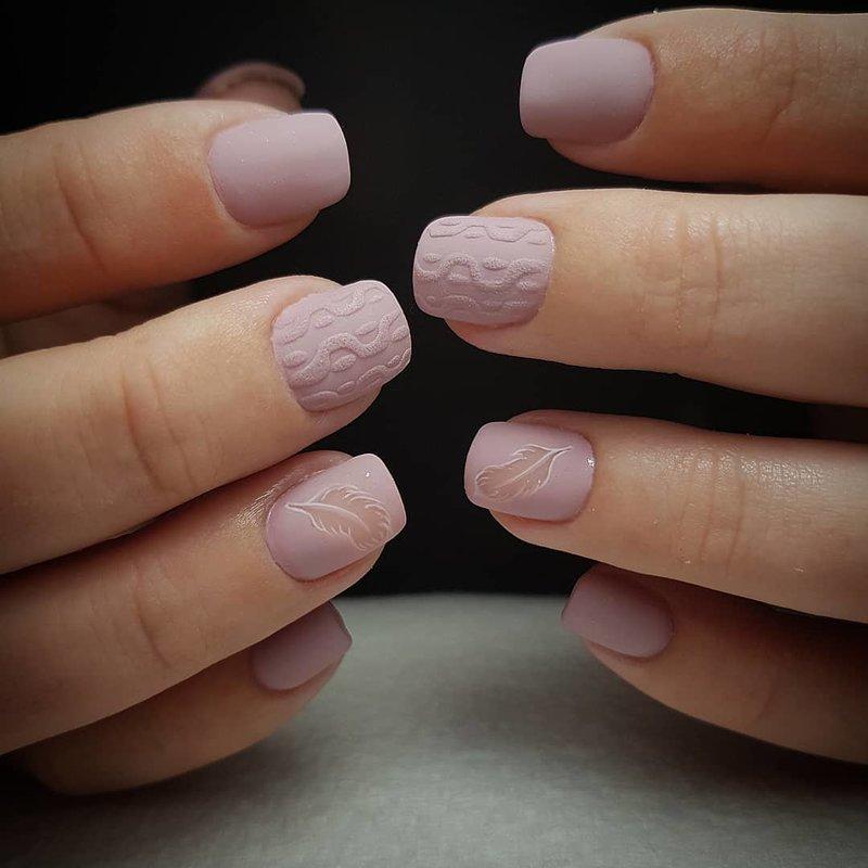 Gebreide manicure