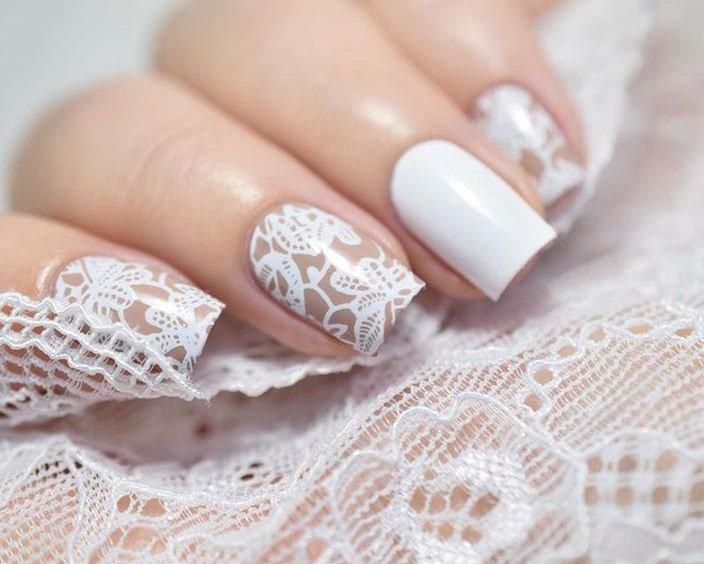 Bruiloft nagels met kant