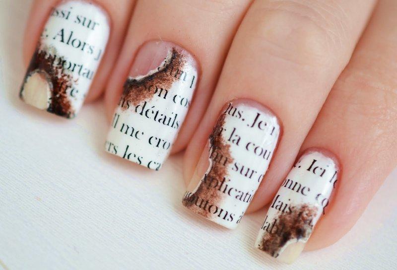 Brandend papier manicure