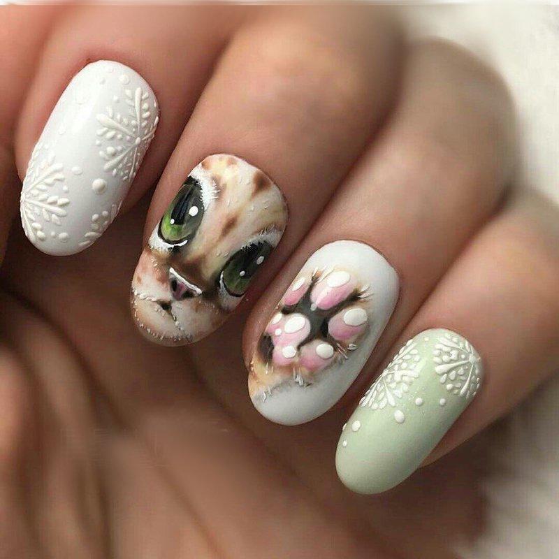 Manicure met kunstprint