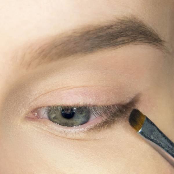 Préparation du maquillage pour le maquillage