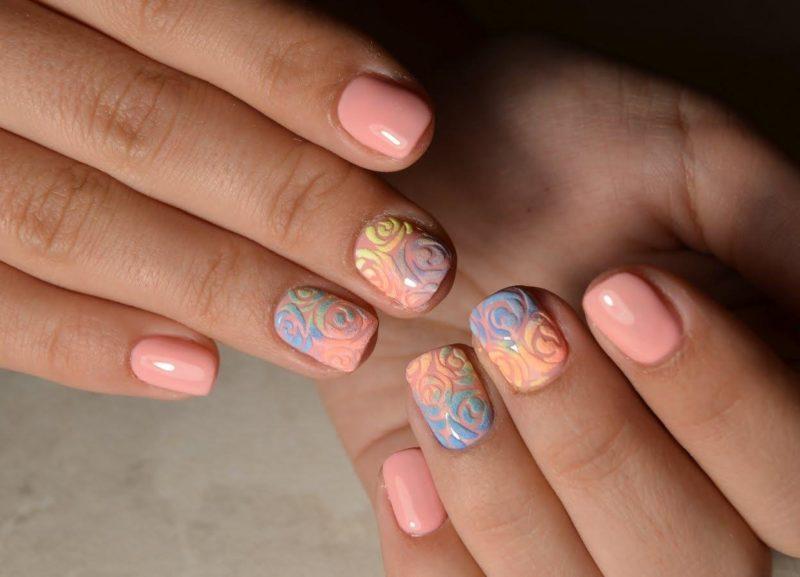 Modieus Peach Nail Design