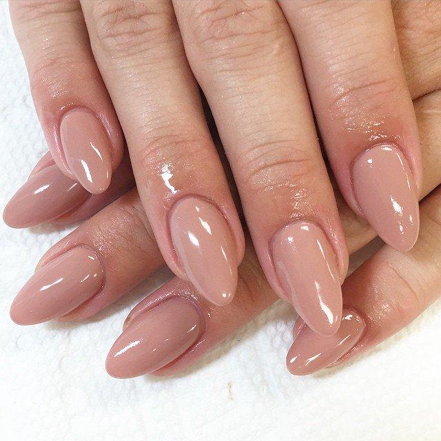 Nyudovye nagels