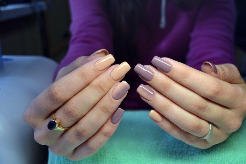 Naakt ombre op nagels