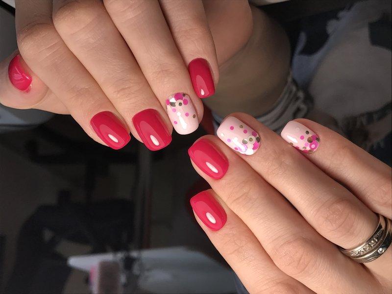 Koraalroze nagels met kamifubuki