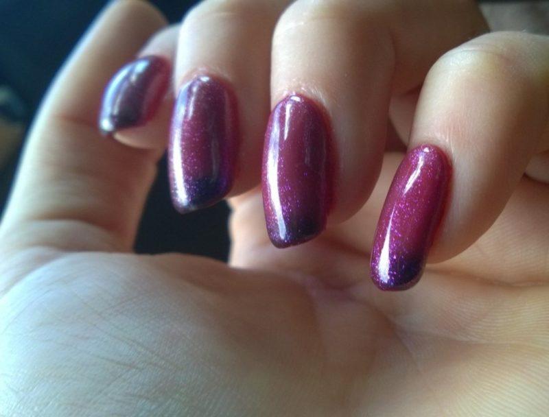Roze kameleon manicure