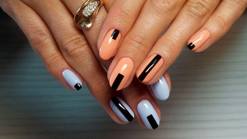 Geometrie op delicate nagels.