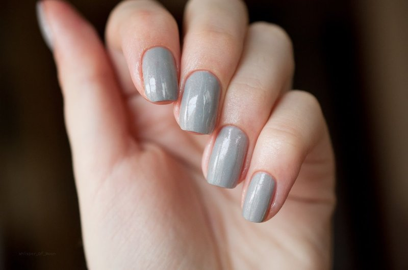 Grijze manicure