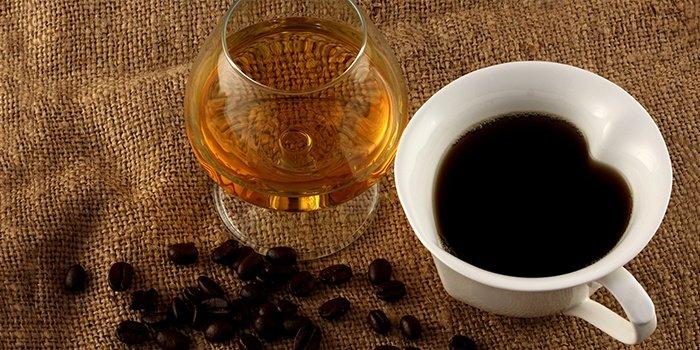 Masker met cognac en koffie