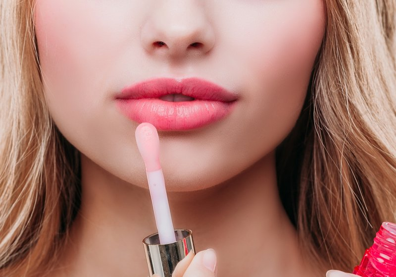 Sukurti pabučiuotų lūpų efektą