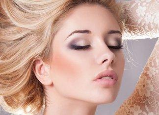 Comment faire le maquillage des yeux lumineux?