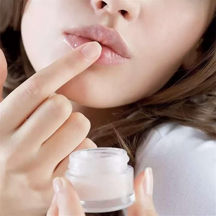 Lipverzorging na vergroting