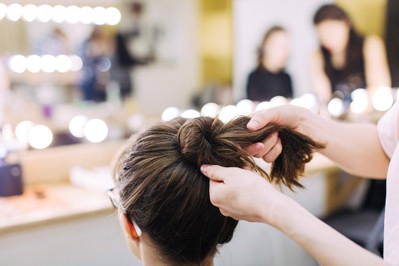 Šviesios šukuosenos bandelė