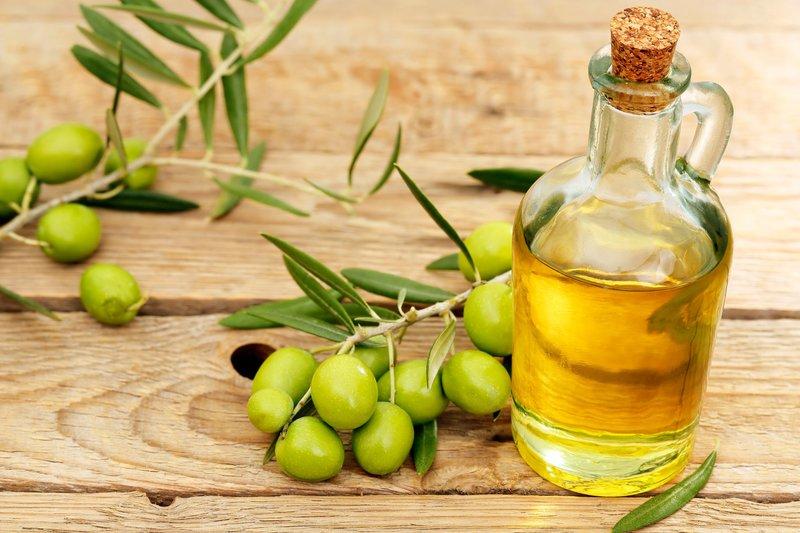Glad haar met olijfolie