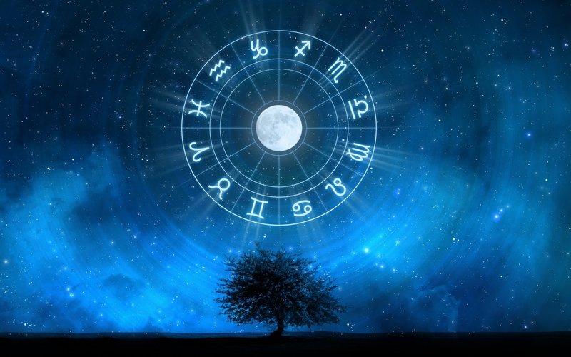 Zodiako ženklai danguje