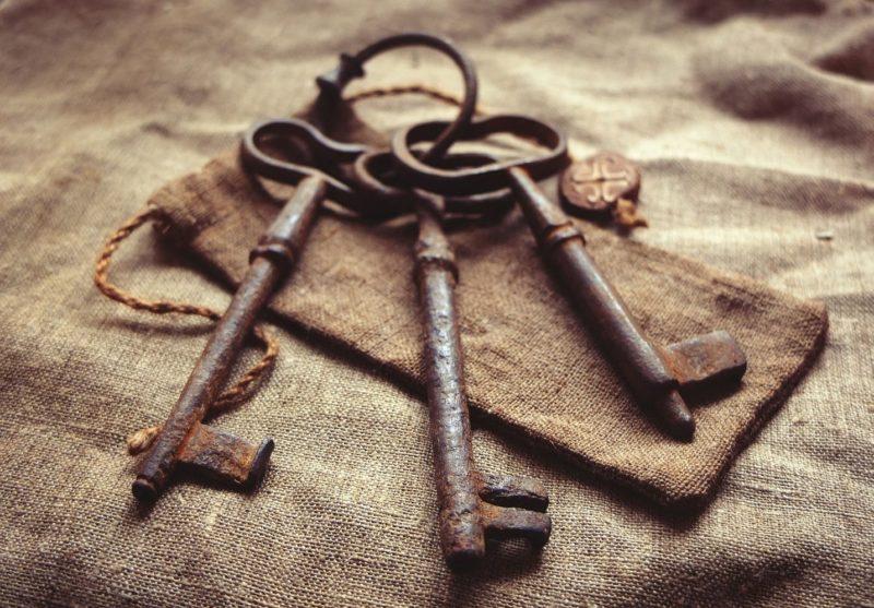 Pažeidimų diagnostika naudojant raktus