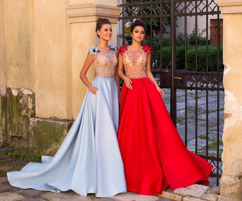 De meest modieuze kleuren voor prom-jurken