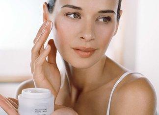 Crème pour le visage après 35 ans