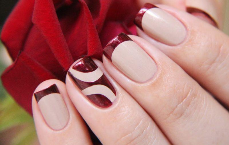 Rode Franse manicure