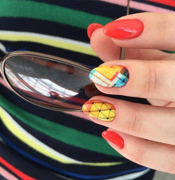 Manicure zomer geometrie