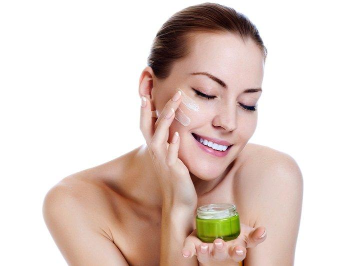 Gezichtscrèmes: beoordeling van de beste remedies