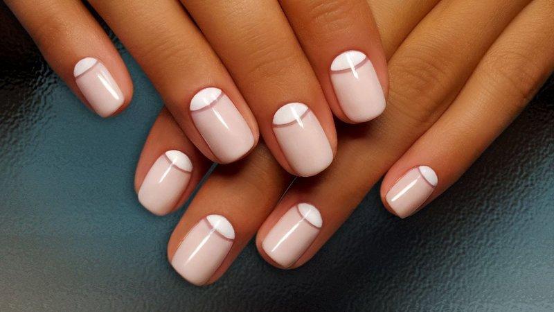 Nagel manicure met gaten
