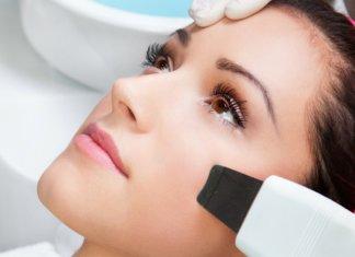 Recommandations après le nettoyage du visage par une esthéticienne