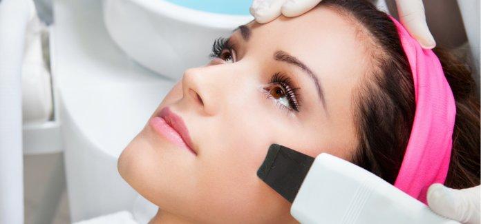 Rekomendacijos po veido valymo kosmetologės