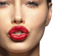 Kan ik alcohol drinken na lipvergroting?
