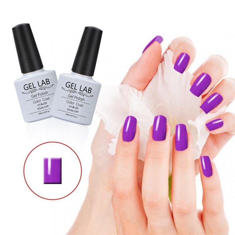 Cyclamen schaduw van paarse manicure