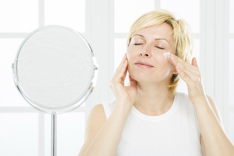 Tinkama įvairių veido sričių priežiūra