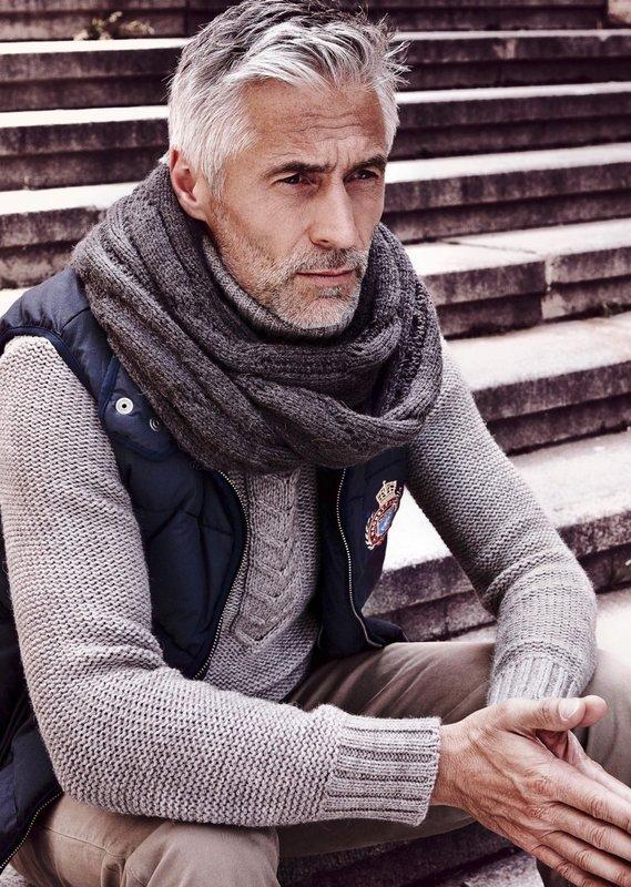 Sjaal voor heren van middelbare leeftijd