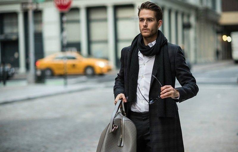 Modieuze modellen van heren sjaals
