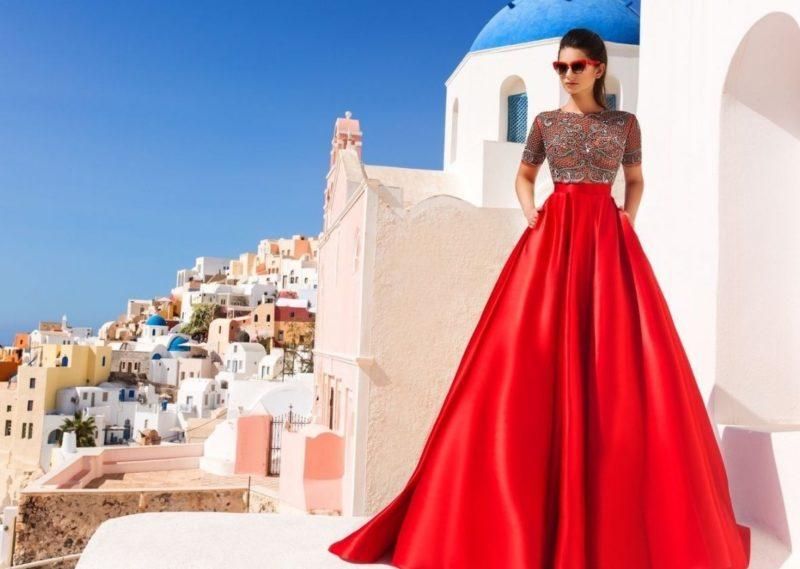 Rode jurk met zakken