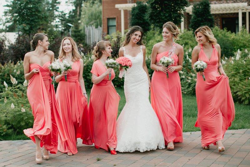Koraalkleur voor bruiloft