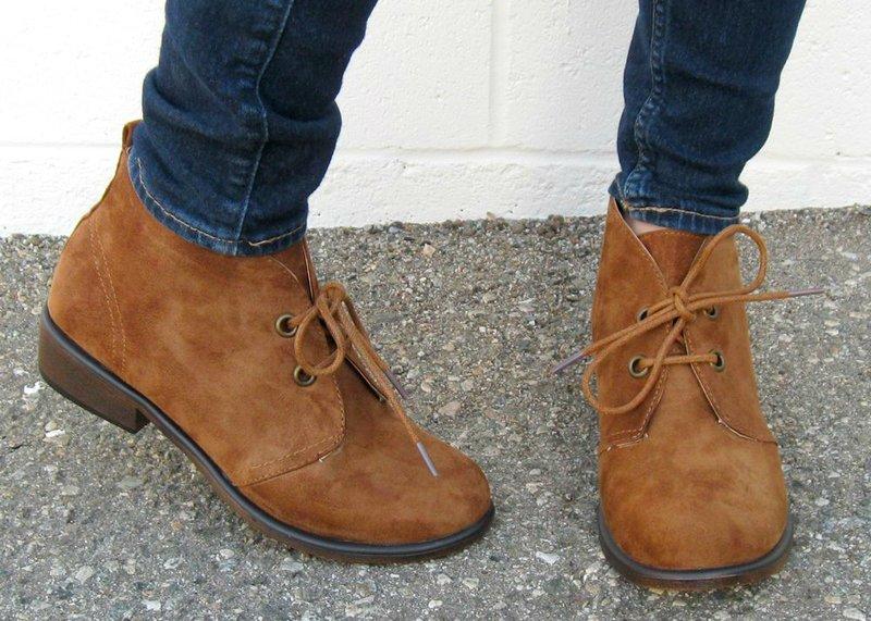 Stilingi rudens batų modeliai moterims