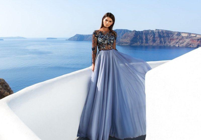 Lila jurk met een volle rok