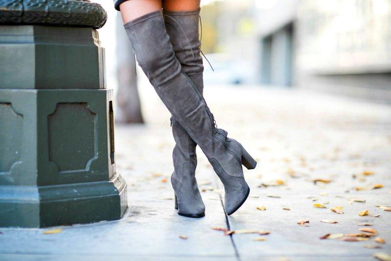 Stilingas rudens vaizdas į ilgus batus