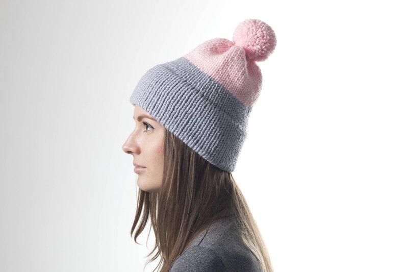 Kepurė pilka su rausva