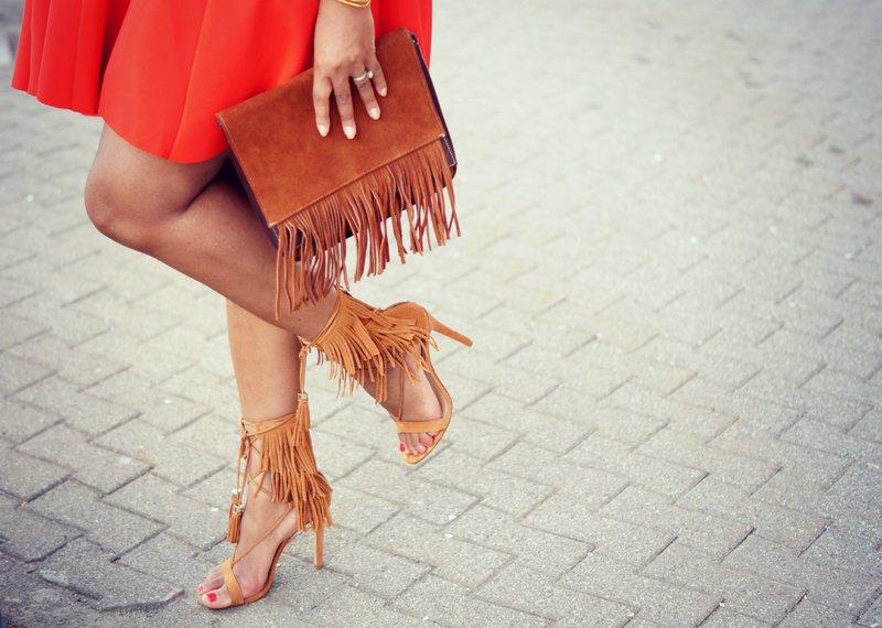 Omzoomde sandalen