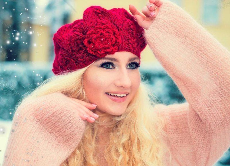 Megzta beretė su gėle