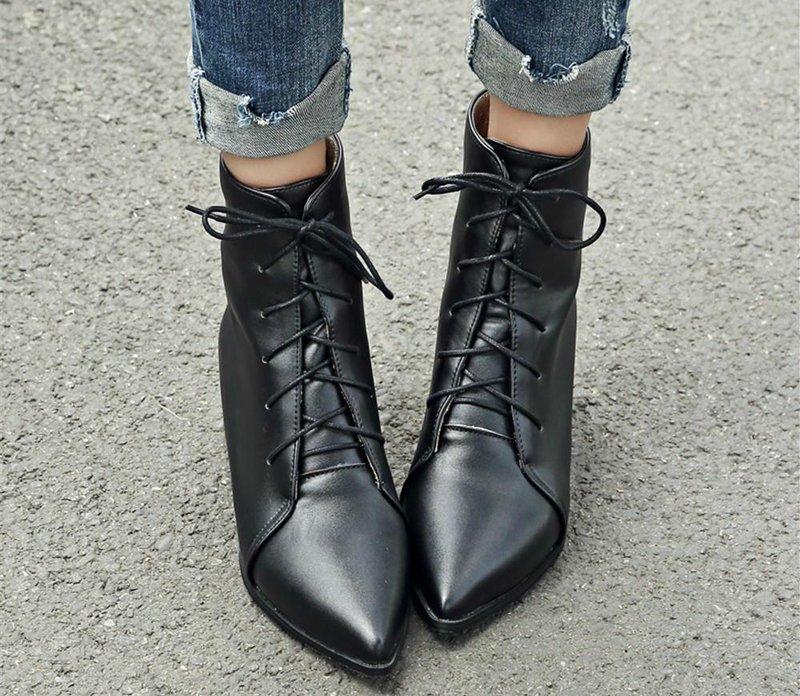 Madingi smailių kojų rudens batai