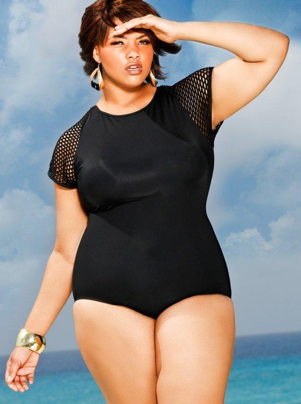 Gražus juodas maudymosi kostiumėlis